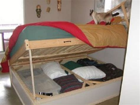 flip up bed maybe the bottom bunk can flip up like this for storage