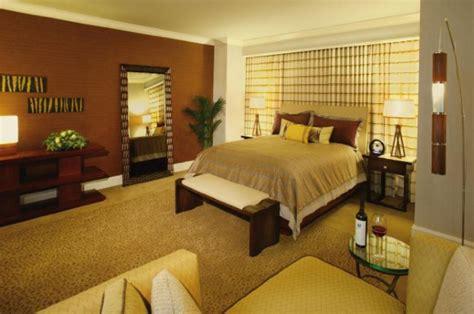 mandalay bay rooms mandalay bay las vegas las vegas hotel deals