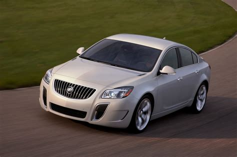 regal cars 2013 buick regal reviews and rating motor trend