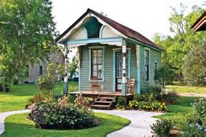 Small Victorian Houses tiny victorian house small houses pinterest