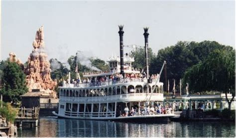 mark twain riverboat photos