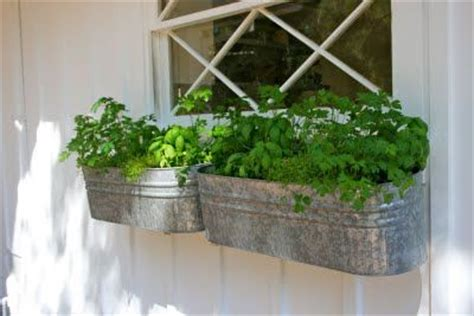 Galvanized Planters Lowes by 17 Best Images About Galvanized On