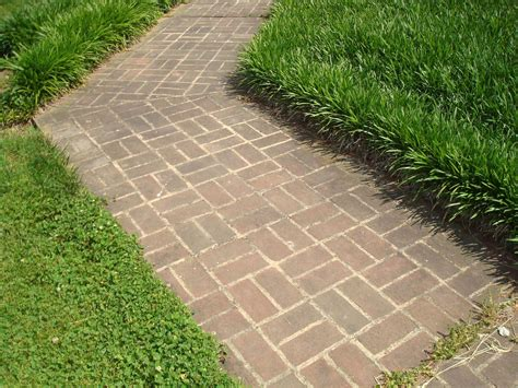 concrete laying a brick patio in temperature