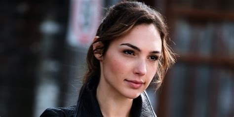 gal gadot biography imdb gal gadot net worth 2017 2016 bio wiki renewed