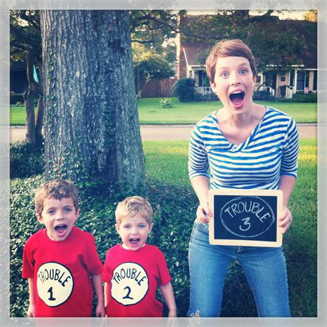 sweet nursery 10 great pregnancy announcement pictures