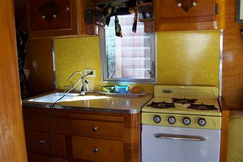 Vintage Travel Trailers: 1957 Cardinal Travel Trailer