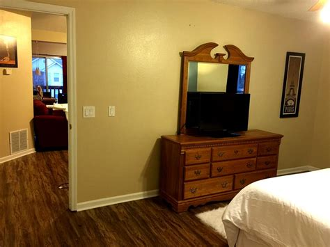 best flat screen tv for bedroom uptown retreat 2 bedroom condo at foxpointe condo