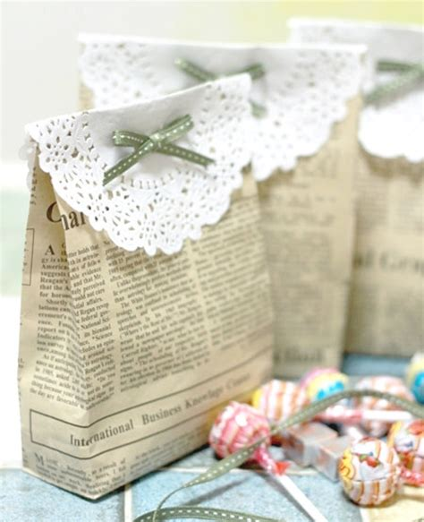 gift wrapping with newspaper ideas gift wrap craft buds