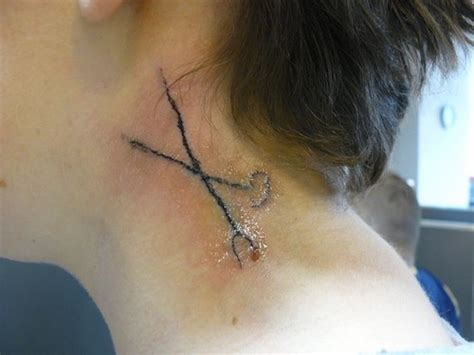 tattoo on back of neck does it hurt neck tattoo by really bad tattoo tattoos