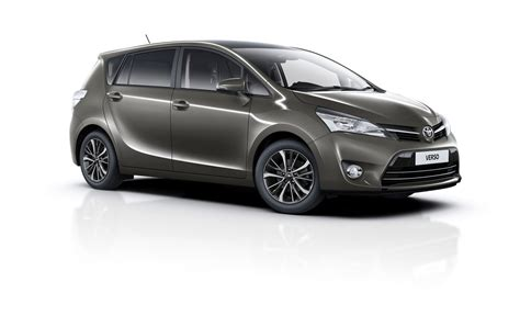 toyota verso 2016 toyota verso goes on sale in the uk gains design