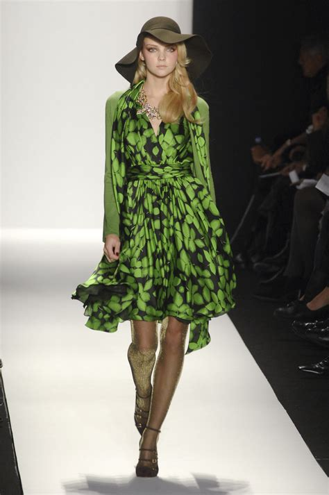 New York Fashion Week Aw 2008 9 Max Azria by Badgley Mischka At New York Fashion Week Fall 2008 Livingly