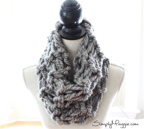 how to arm knit scarf how to arm knit a garter stitch scarf in 20 minutes