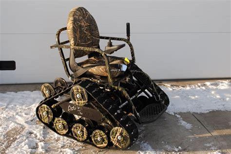 la sedia a rotelle la sedia a rotelle cingolata dottorgadget