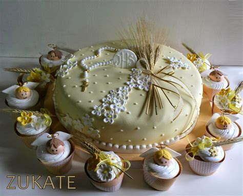 centro de mesa de dulces para confirmacion torta y cupcakes de primera comuni 211 n para mateo