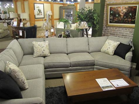 craftmaster f9 sectional f9 sectional by craftmaster howard s budget furniture