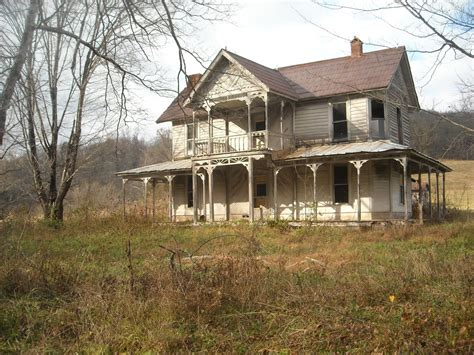old farm house monkey muck creepy house of the week