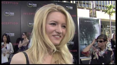 laste ned filmer the wife talulah riley interview inception youtube