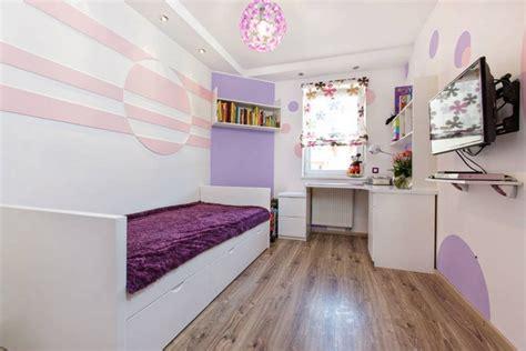 decorar cuartos pequeños dormitorio para adolescente en rojo