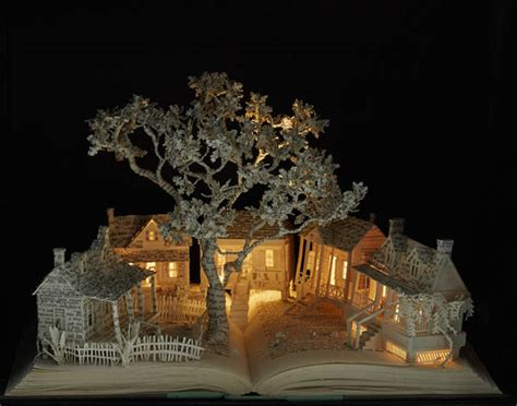 libro christmas magic painting book magical world created from illuminated book sculptures by su blackwell design swan