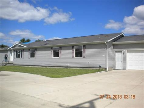 35116 carlbro st clinton township mi 48035 foreclosed