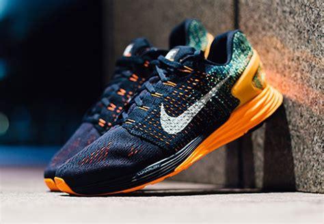 Sepatu Nike Lunarlon keplekkres active sepatu running nike atau adidas