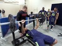 nfl bench press test training for the nfl combine bench press test nfl com