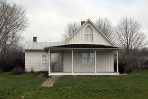 design your own home iowa here are 17 unique and historic houses in iowa