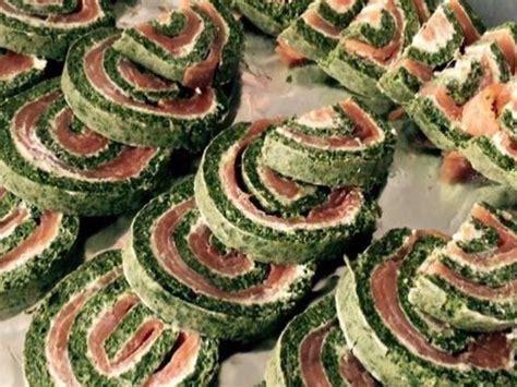 cuisiner les 駱inards frais recettes de saumon et fromage 4