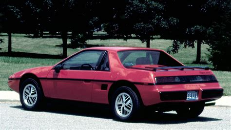 pontiac sports car worst sports cars pontiac fiero