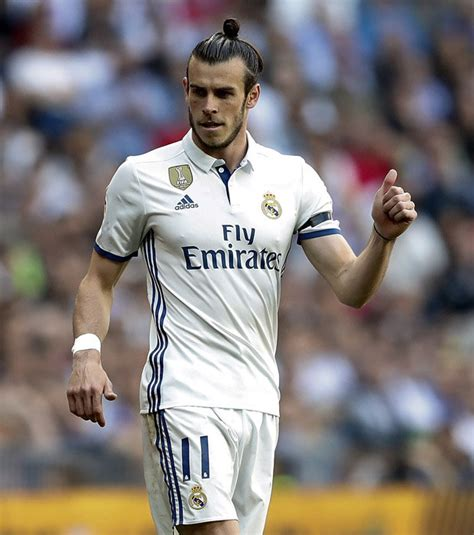 gareth bale i want to help real madrid win six trophies next gareth bale injury why real madrid star isn t playing