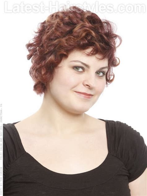 naturally curly pixie cuts for big women curly pixie haircut