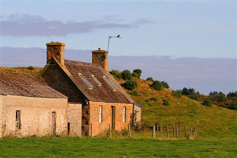 Cottages On Orkney by The Reader