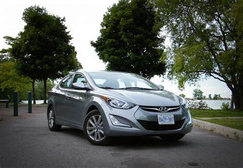 hyundai elantra 2016 reviews review 2016 hyundai elantra canadian auto review