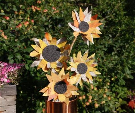 How To Make Paper Sunflowers - paper sunflowers family crafts