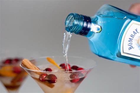 martini sapphire recipe bombay sapphire martinis fuss free