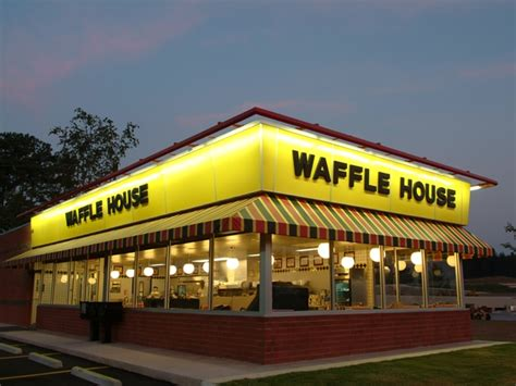wafflr house the atlanta braves opened a waffle house at their ballpark for the win