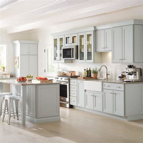 martha approved cabinets    kitchen