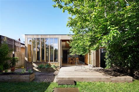 Anbau Haus Holz by Moderner Hausanbau Aus Holz An Einem Haus Im