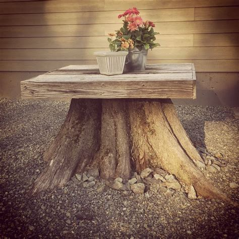 tree stump bench ideas 25 best ideas about tree stump table on pinterest tree