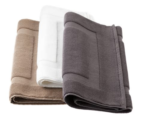 Hotel Collection Bath Mats by Hotel Luxury Collection Classic Bath Mat