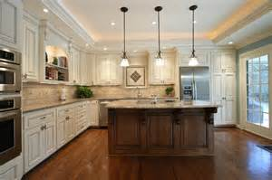 Round Kitchen Island Kitchen Renovation Before And After 3 Traditional