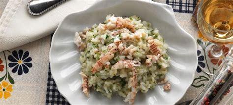 come cucinare canocchie ricetta risotto di canocchie in bianco cucinarepesce