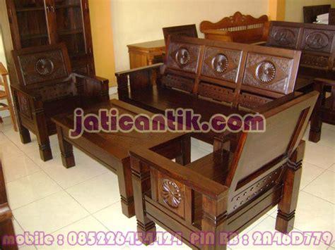 Kursi Kayu Jati Ruang Tamu kerusi kayu jati ruang tamu desainrumahid