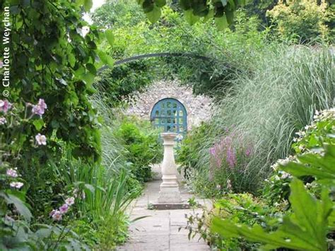 The Galloping Gardener Small Secret Gardens In Sussex Small Walled Gardens