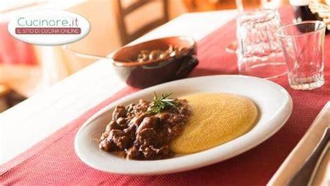 ricetta per cucinare il capriolo spezzatino di capriolo cucinare it