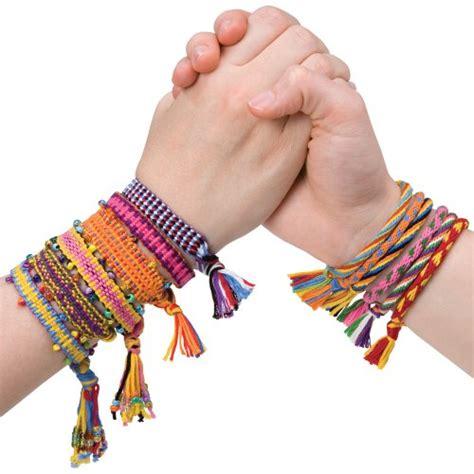 friendship bracelets with easy friendship bracelet