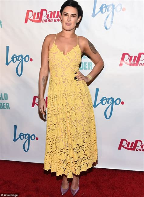 Detox Drag Pecs by Rumer Willis Flaunts Legs In Skirt And Heels While