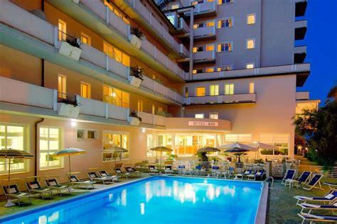 hotels auf rã mit schwimmbad hotel sul mare lido di savio vicino mirabilandia hotel