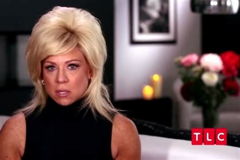 how to contact theresa caputo star of tlcs long island theresa caputo dreamed about husband larry cheating on