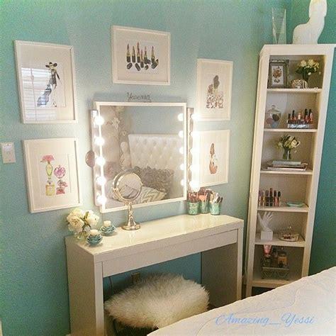 vanity rooms beautiful chic vanity room